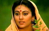 रामायण की 'सीता' ने 'रानूमंडल' को दिया अपनी फिल्म में गाने का मौका !