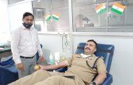 मिशन हौसला : पुलिस ने 'रक्तदान' कर इंसानियत की मिसाल पेश की