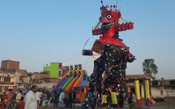 बाजपुरमें दहन से पहले ही गिरा रावण का पुतला